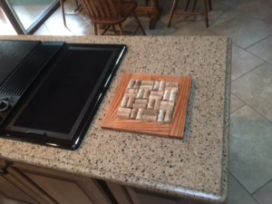 wine cork kitchen trivet